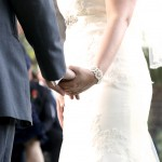 couple holding hands- 250A0769